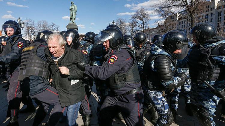 """Moscú: """"La reacción de Occidente a los arrestos en las protestas rusas señala su doble moral"""""""