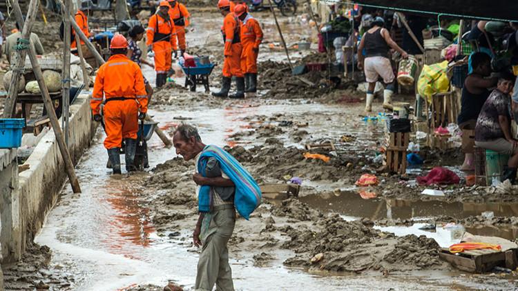 Río desbordado inunda casi por completo una de las principales ciudades de Perú (FOTOS Y VIDEOS)