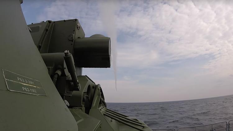 VIDEO: Así dispara el temible Tor-M2KM desde la cubierta de una fragata