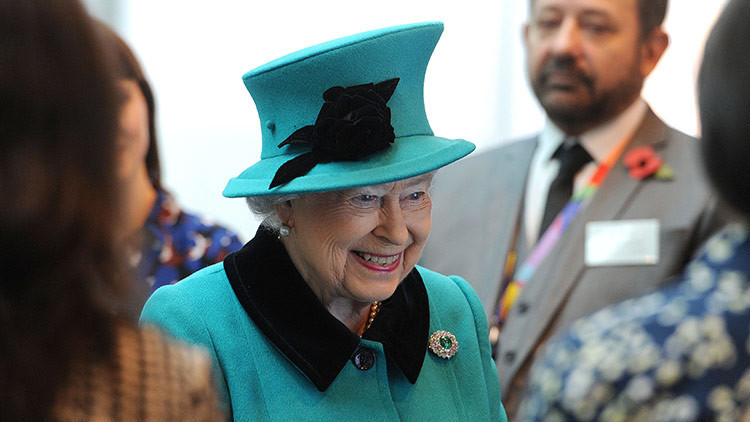 Oferta de empleo real: sueldo de 27.000 dólares por diseñar los cojines de Buckingham