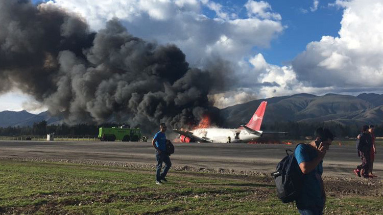 Impactantes videos muestran el horror vivido tras el accidente del Boeing-737 de Peruvian Airlines