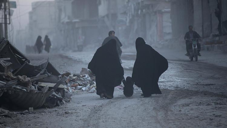 Una verduga del Estado Islámico tortura a miles de mujeres durante dos años