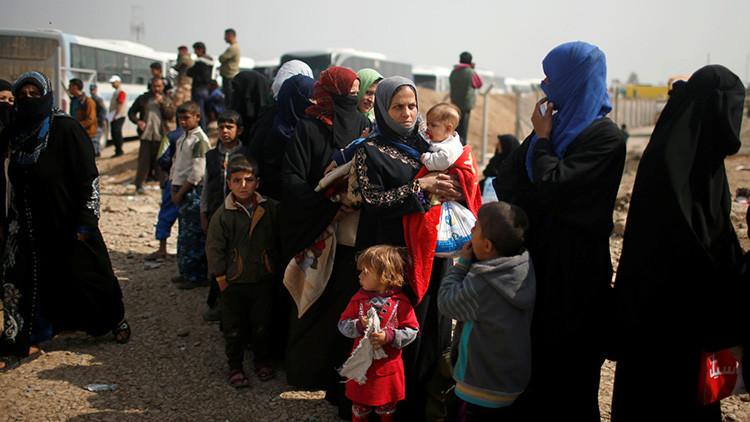 """""""Adondequiera que íbamos, nos bombardeaban"""": Sobrevivir en Mosul bajo la ofensiva de la coalición"""
