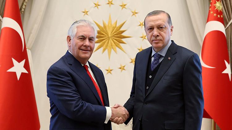 Los tres temas clave de la visita de Tillerson a Turquía