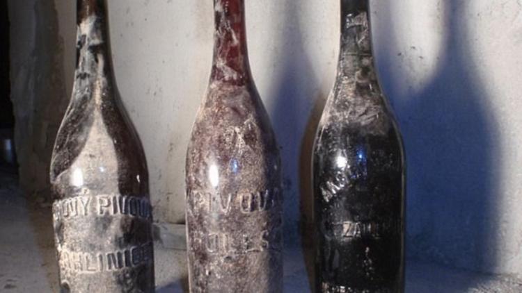 """""""Sabor fecal"""": encuentran unas cervezas fabricadas hace un siglo"""