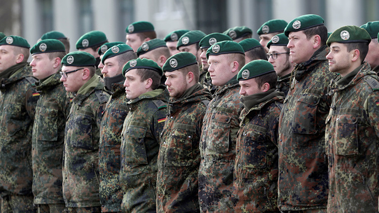 """""""Buscando a 'extras' de habla rusa la OTAN prepara acciones militares contra Rusia"""""""