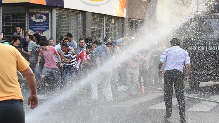 Disturbios en Paraguay por la decisión del Senado de aprobar la reelección presidencial (FOTOS)