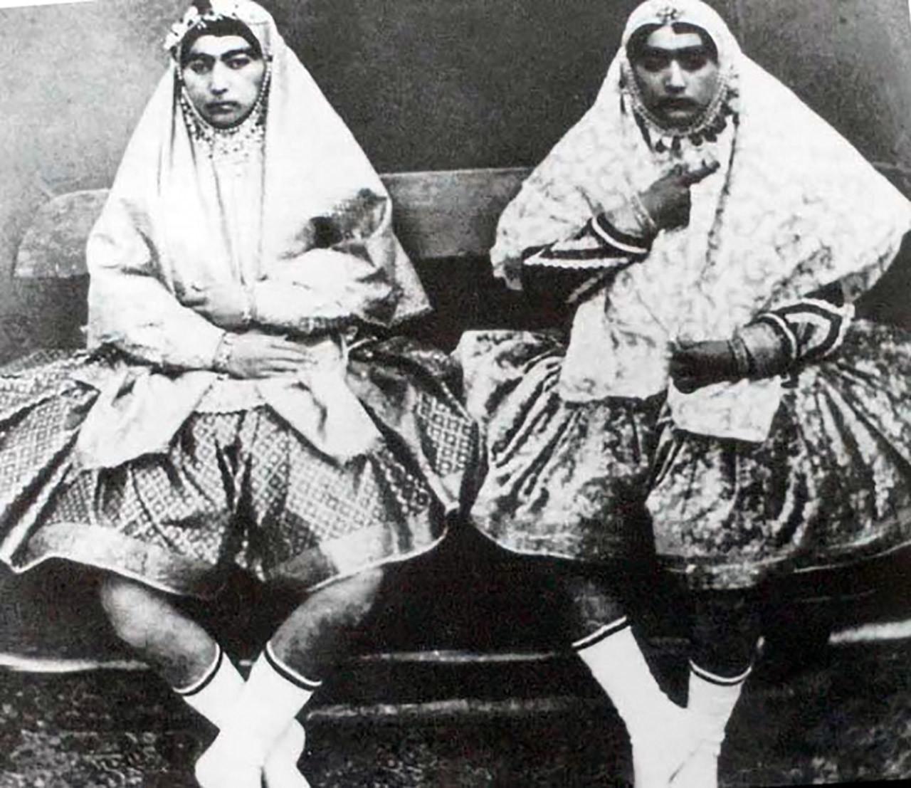 Fotos así eran las bellas mujeres del harén de un sah persa