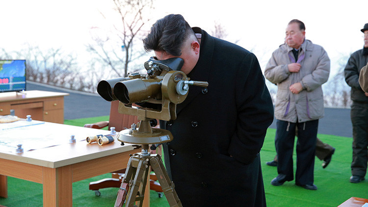 """Pionyang advierte que destruirá al enemigo de un solo golpe con su """"puño de hierro"""""""