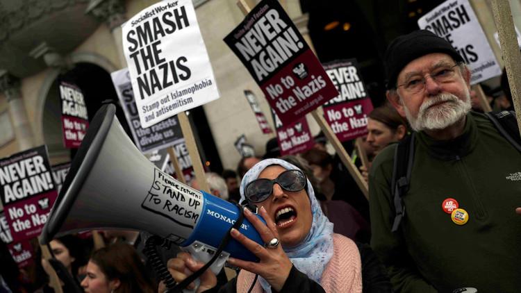 VIDEO: Manifestantes se toman las calles de Londres en protesta contra el islam