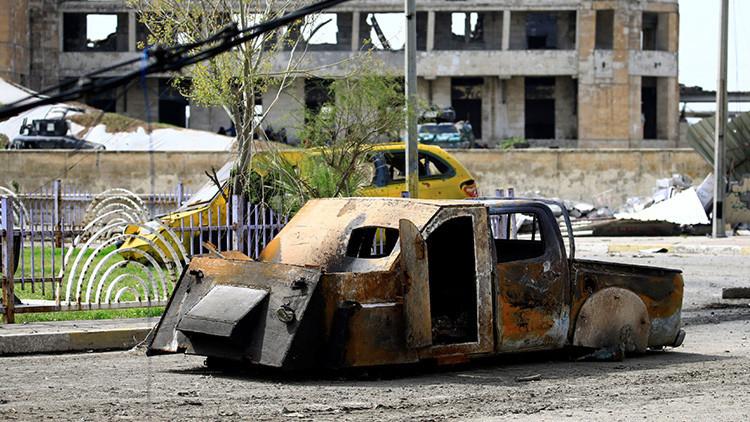 Descubren en Mosul una nueva táctica del Estado Islámico tras hallar una fábrica de coches (FOTOS)