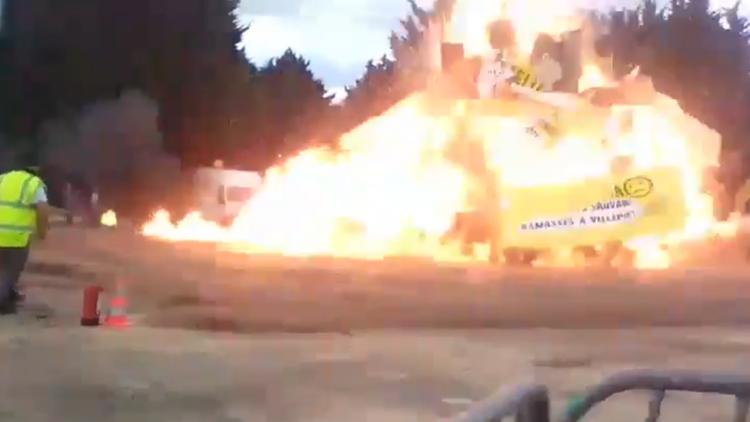 VIDEO: Graban el momento exacto de la explosión a las afueras de París