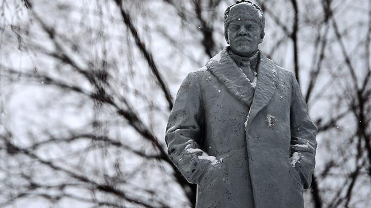 'Good Bye, Lenin!': El padre de la URSS 'ayuda' a aumentar el presupuesto en Ucrania