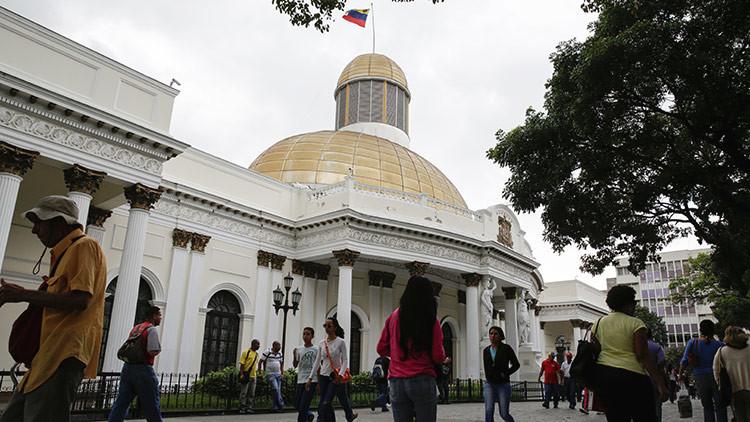 El Parlamento venezolano iniciará el proceso para destituir a los magistrados del TSJ