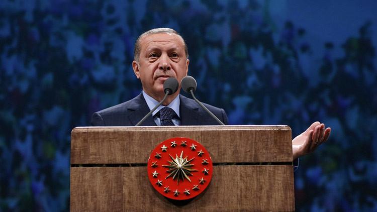 """""""Alianza de cruzados"""": Erdogan asegura que la UE no acepta a Turquía porque no es cristiana"""