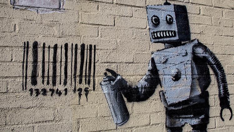 Video: Una mujer afirma haber grabado el rostro del grafitero Banksy en Israel