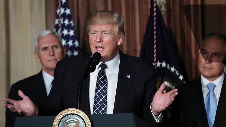 Analista político: Aumenta el riesgo de un 'impeachment' contra Donald Trump
