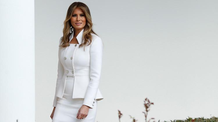 La Casa Blanca publica el primer retrato oficial de Melania Trump