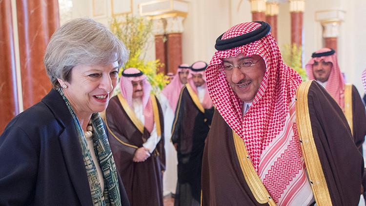 5 cosas que no le permitirán hacer a Theresa May en Arabia Saudita por ser mujer