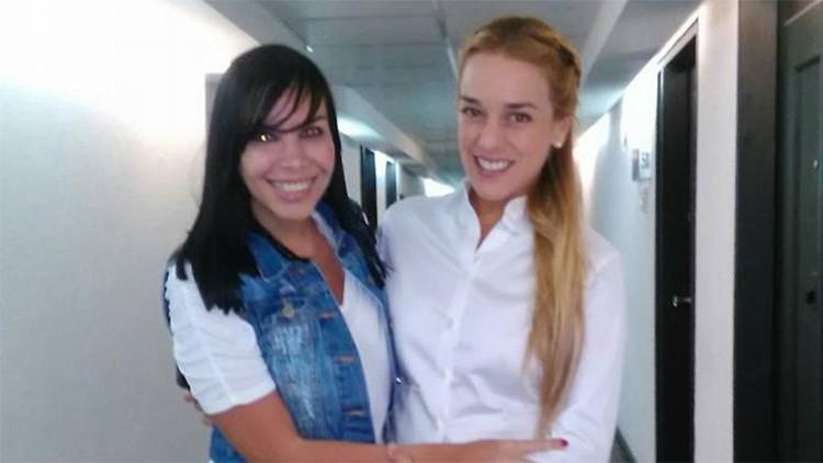 Detienen por falsificadora a novia de exdiplomático que acusó a Venezuela de legalizar a terroristas