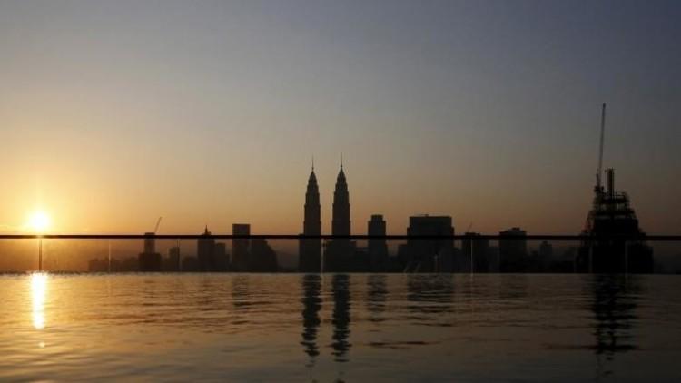 Malasia: Un diputado asegura que las niñas de 9 años están preparadas para casarse