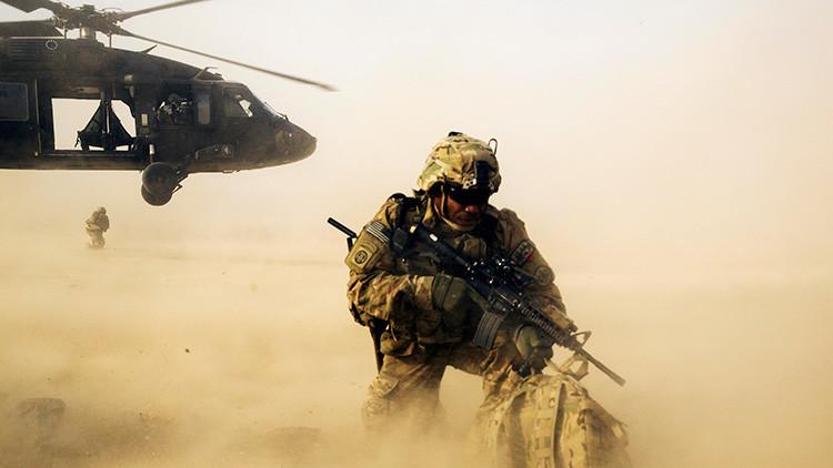 Misión relámpago: Un helicóptero de EE.UU. se infiltra en territorio del EI en Siria