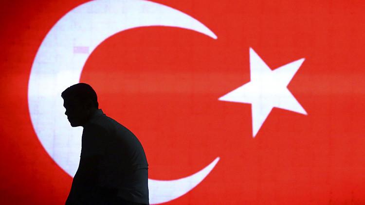 Un centenar de ciudadanos neerlandeses no puede abandonar Turquía