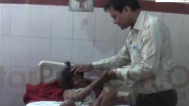 Como en 'El libro de la selva': Rescatan a una niña adoptada por monos en la India (VIDEO)