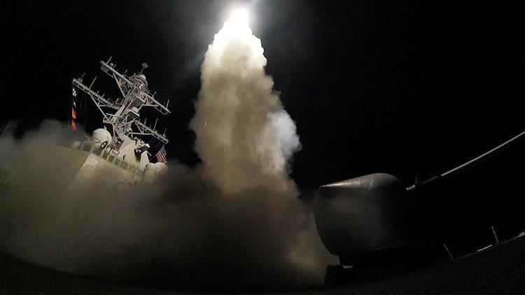 """Israel apoya """"totalmente"""" el bombardeo de EE.UU. contra una base aérea en Siria"""