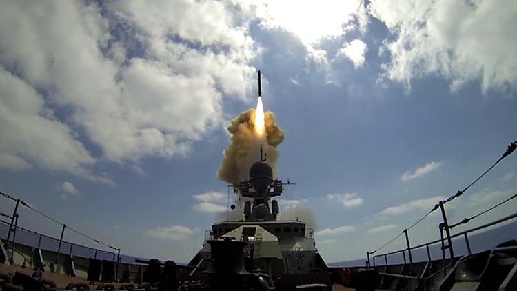 Tabla comparativa: Rusia y EE.UU. en el lanzamiento de misiles de crucero sobre Siria