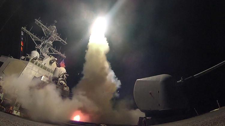"""""""Puede provocar una guerra nuclear"""": Legisladores de EE.UU. cuestionan el ataque de Trump en Siria"""