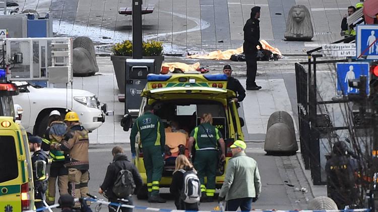 VIDEO: El momento exacto del atentado con un camión en Estocolmo