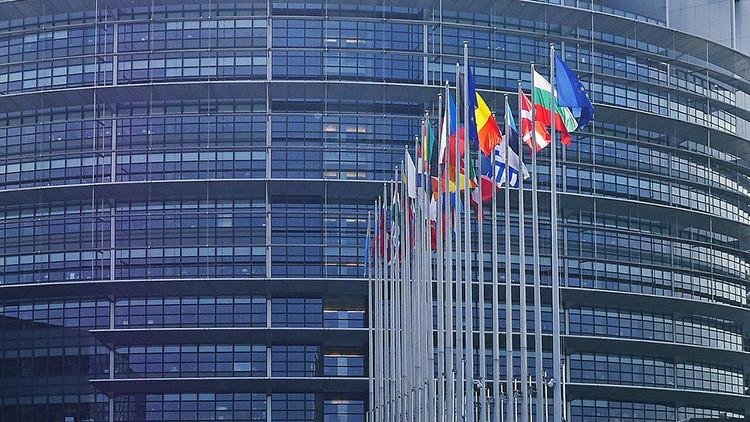 """""""Los líderes europeos se limitaron a aplaudir el ataque de EE.UU. sin una sola reflexión colectiva"""""""