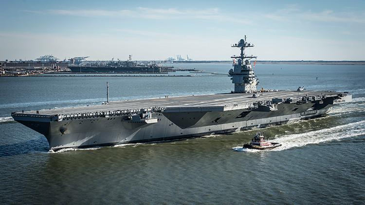 """Estados Unidos pone a prueba su nuevo portaaviones: ¿Joya de la Armada o """"cementerio flotante""""?"""