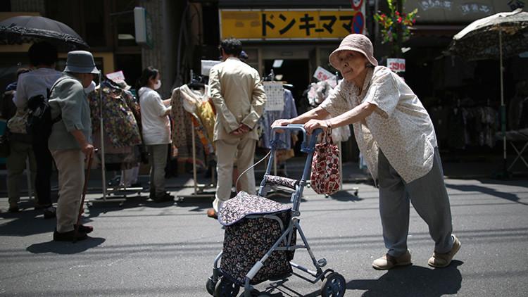 Japón puede perder 40 millones de habitantes por problemas sexuales en 50 años