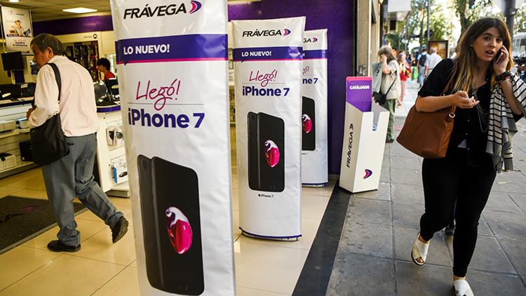 Tras varios años se vuelve a vender el iPhone en Argentina y es el más caro del mundo