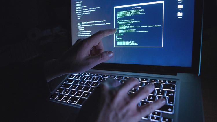 Tenga cuidado: la forma en que sostiene su teléfono podría revelar su código PIN a un 'hacker'