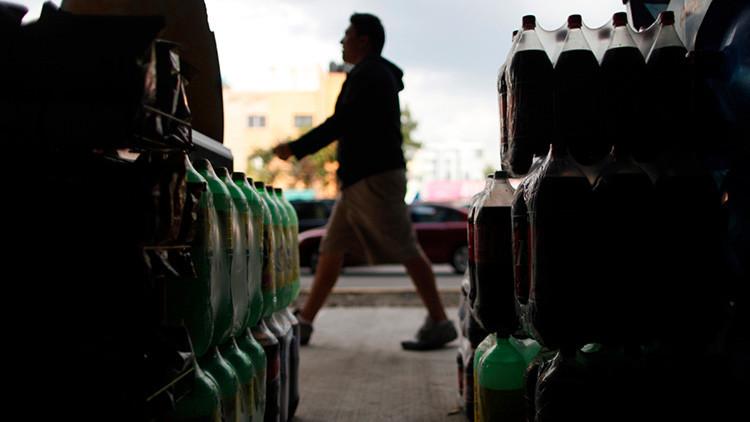 """""""¡Dejen de llevarse nuestra agua!"""" protestan contra Coca-Cola en el sudeste de México"""