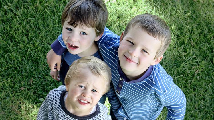 La cantidad de hermanos puede influir en el futuro profesional, revela un nuevo estudio