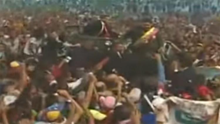 Venezuela: Detienen a varias personas por arrojar huevos contra Maduro (VIDEO)