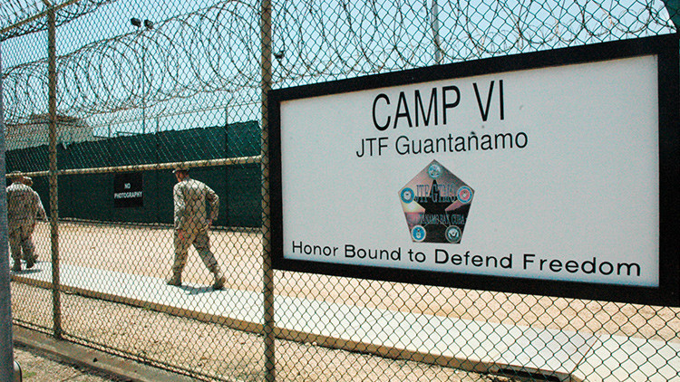Demandan al Pentágono por la aparición de sospechosos casos de cáncer en Guantánamo