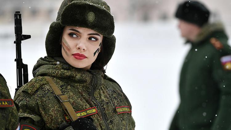 Nace Liga: Rusia lanza el primer chaleco antibalas solo para mujeres