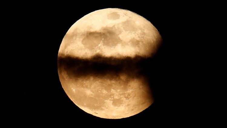 ¿Por qué la 'luna rosa' sólo puede verse en Semana Santa?