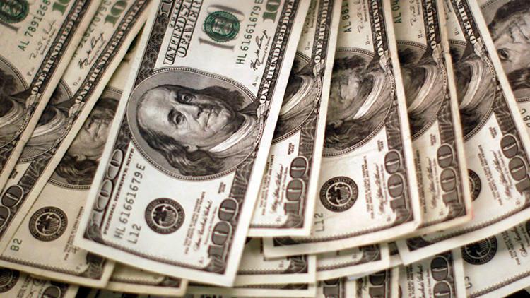 """Trump: """"El dólar se está volviendo demasiado fuerte"""""""