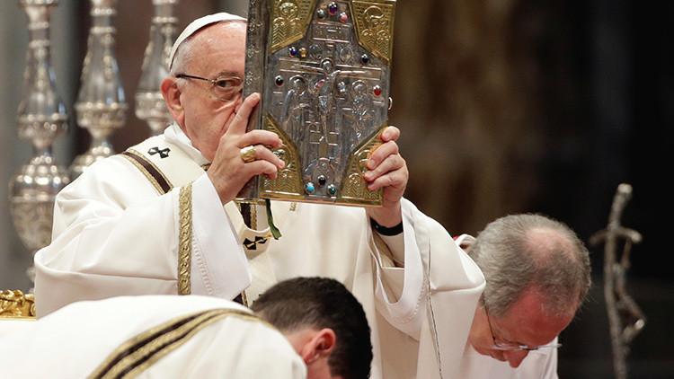 """Papa Francisco: """"El mundo debe detener a los señores de la guerra"""""""