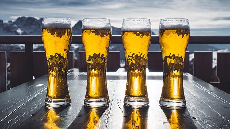 Haga la cerveza grande de nuevo: conozca la nueva bebida que se burla de Trump (FOTO)