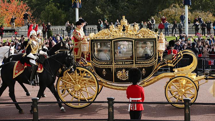 Trump insiste en pasear en un carruaje de Isabel II durante su visita a Londres