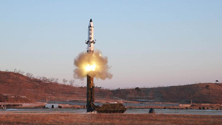 """Washington sobre la prueba de Corea del Norte: """"Probablemente fue un misil de medio alcance"""""""