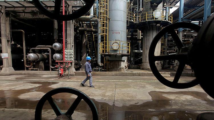China podría cortar el suministro de petróleo a Corea del Norte