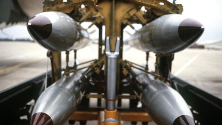 MOAB y B61-12: ¿Cuál de estas bombas es la verdadera amenaza?